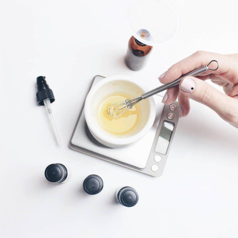 DIY Easy Anti-Frizz Hair Serum